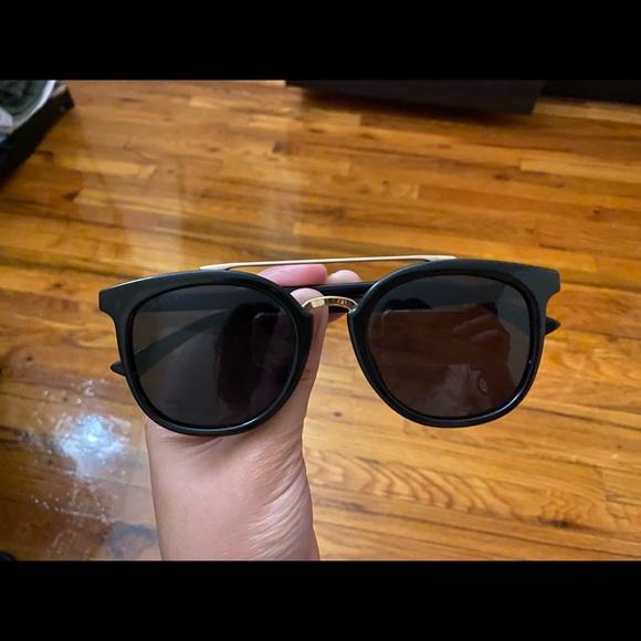 Gucci Sunglasses/ Shades